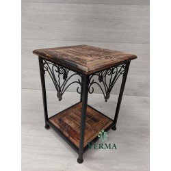 TWO TEIR TABLE IRON/WOOD